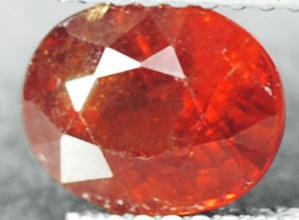 GS095 Natural Red Orange Spessartite Garnet 2.41Ct