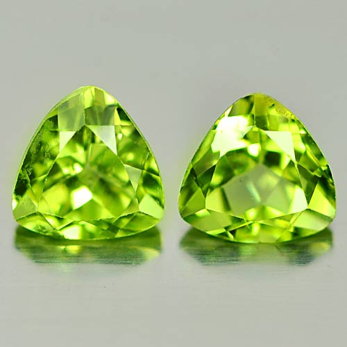 PD809 Match Pair Trilliant Calibrate Size 1.73ct Tcw 6.10x6.0mm Unheated Natural Green Peridot