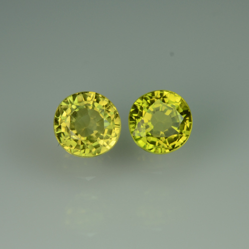CB199 Eye Clean Pair Round 4.1mm 0.76ct tcw. Natural Unheated Untreated Greenish Yellow Chrysoberyl Ceylon Srilanka