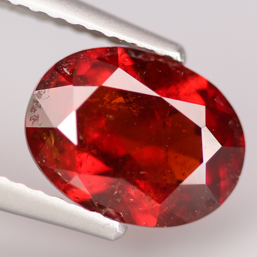 GS101 Oval 3.01ct 9x7x4.6mm Natural Unheated Red Spessartine Garnet