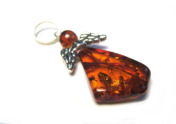 JAR197 Natural Baltic Amber Pendant