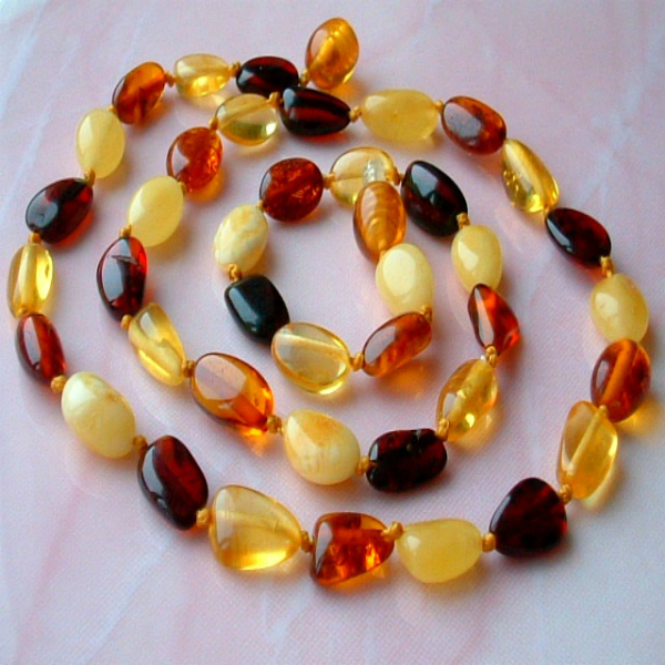 JWG106 Natural Multi Color Baltic Amber Necklace 48cm 8gr