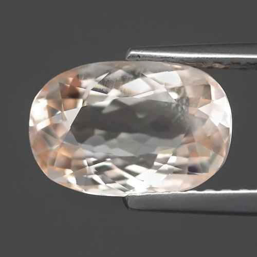 MG096 VS Oval 2.05ct 10x6.7mm Natural Unheated Light Peach Pink Morganite Madagaskar